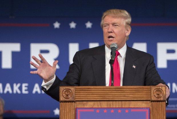 Trump odbio da nosi masku tokom posjete fabrici Ford
