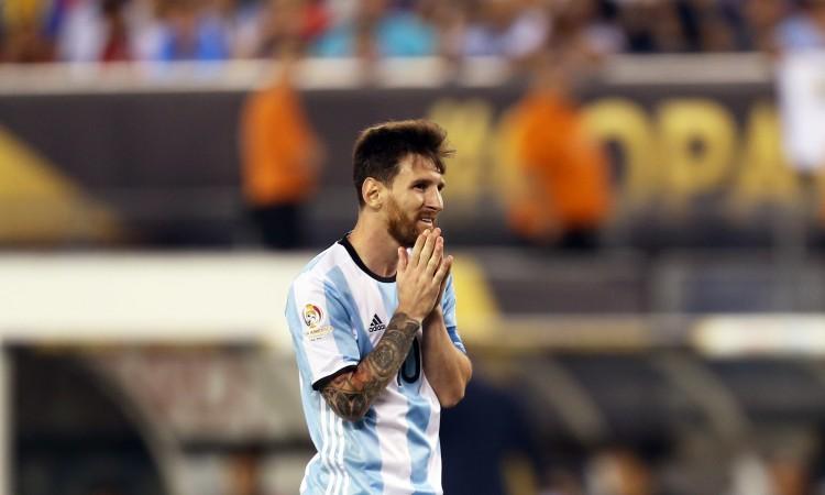 Messi na kraju sezone može napustiti Barcelonu kao slobodan igrač