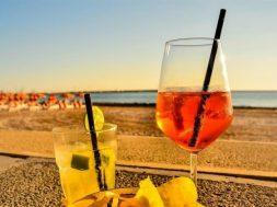koktel-plaza-more-letovanje-odmor-Pixabay