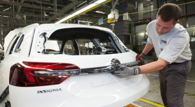 2014-Opel-Insignia-Begins-Production-03