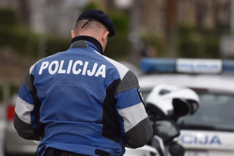 Hrvatski taksista uhapšen zbog krijumčarenja migranata iz BiH