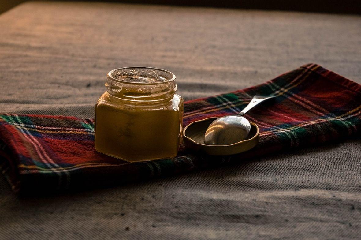 Napici za dobro jutro: Razbudite se uz med, limun, cveklu, tamjan, zeleni čaj…