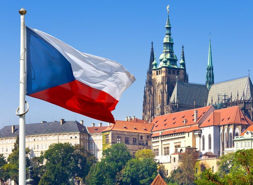 U Češkoj registrovano rekordnih više od 11 hiljada novozaraženih