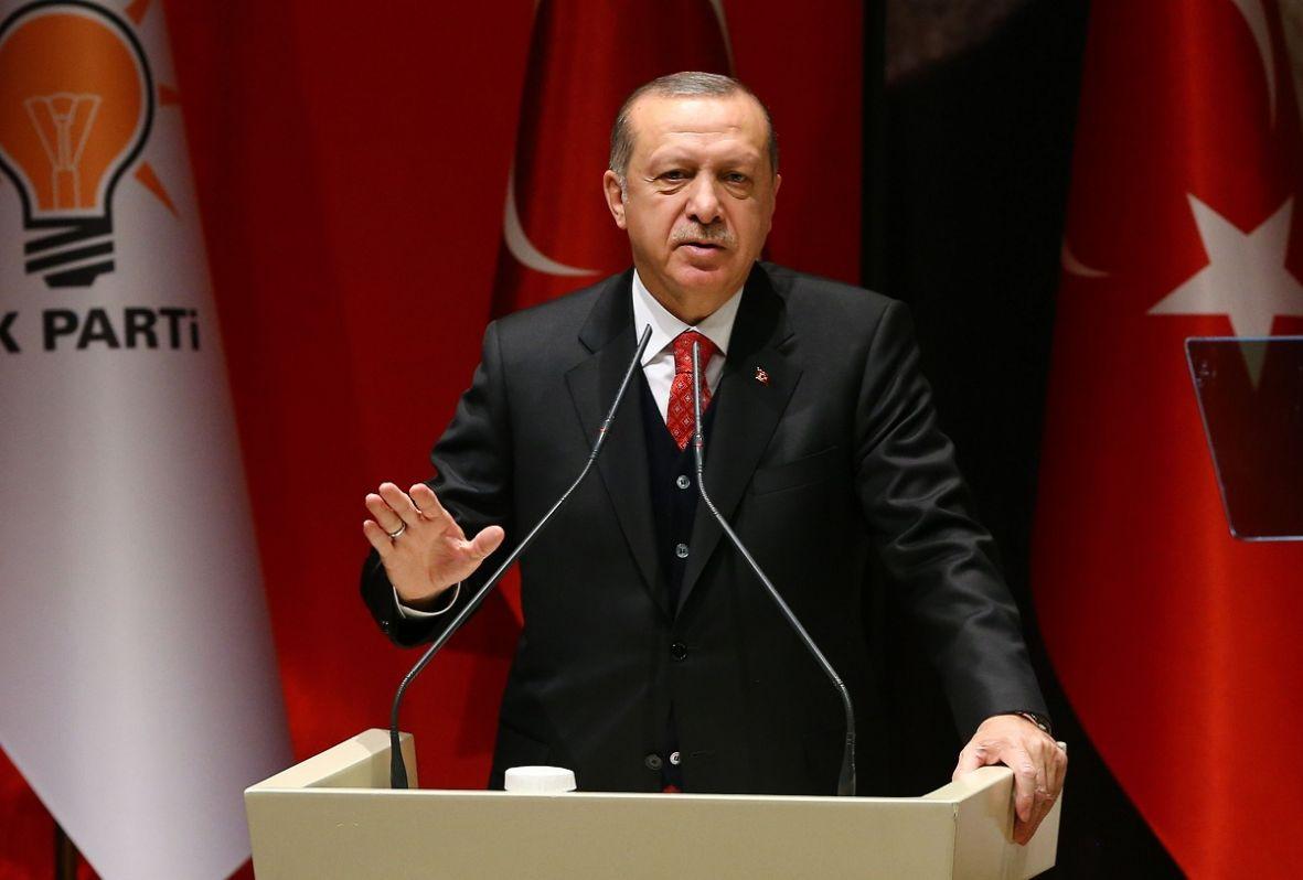 Erdogan u dvodnevnoj posjeti Srbiji, otvara nove kompanije i označava početak gradnje drugih
