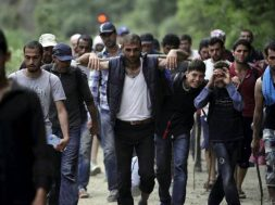 migranti-main-_reuters