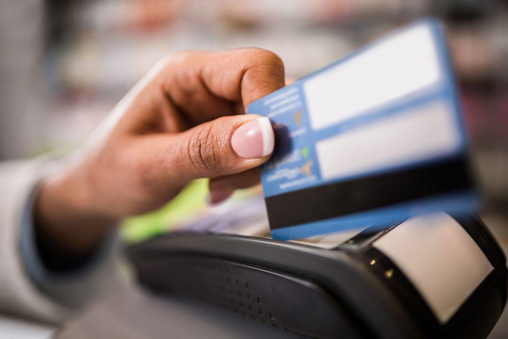 U BiH je bankovnom karticom lakše platiti odvoz smeća nego struju