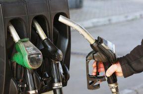 benzinska_pumpa-696×456