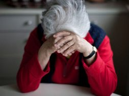 Woman-with-Alzheimer-s-590341