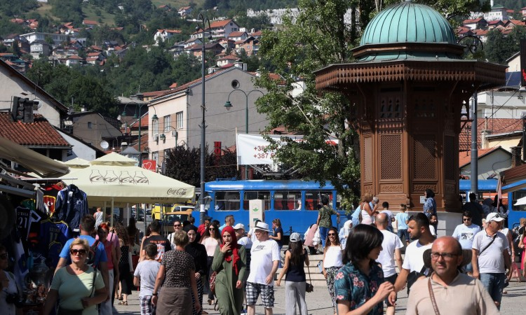 U prvih šest mjeseci više od 713 hiljada turista i 1,45 miliona noćenja u BiH
