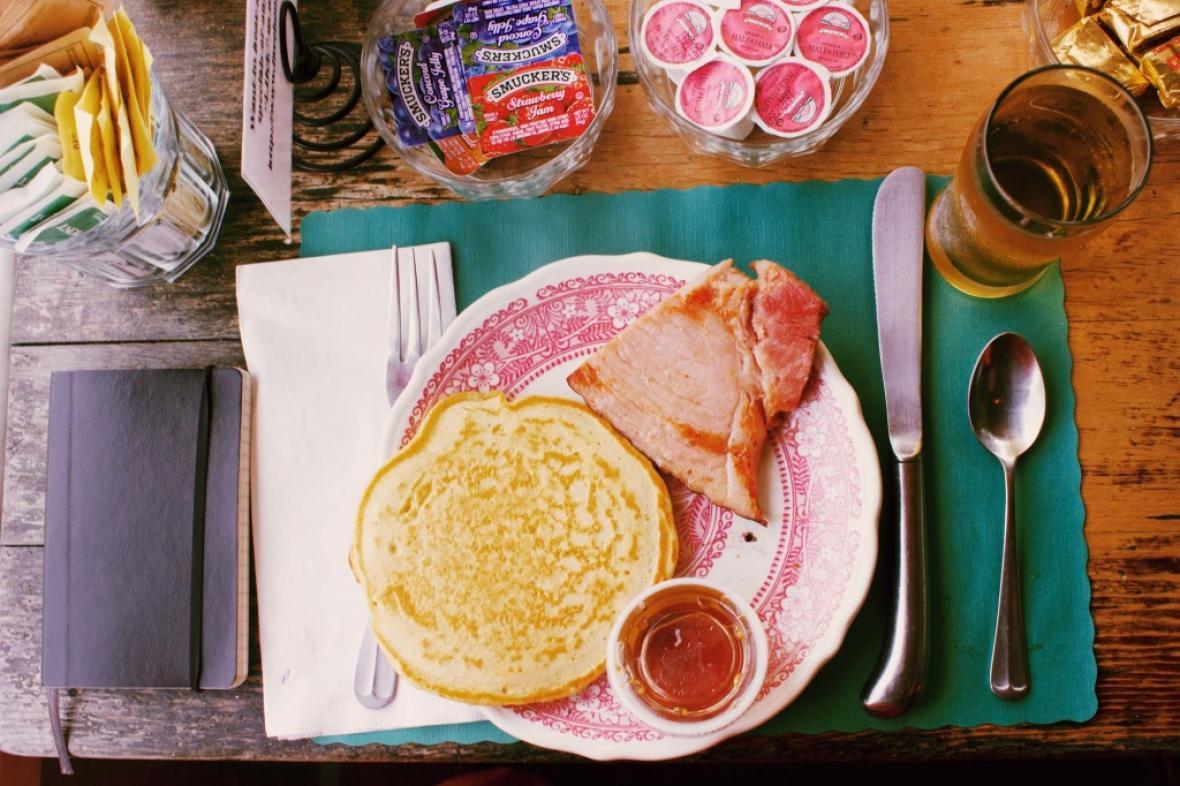 Za doručak izbjegavajte pekarske proizvode, voćne jogurte i kalorične obroke
