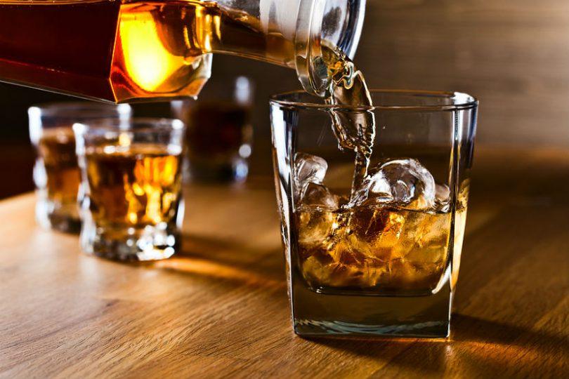 Alkohol može ubrzati proces skladištenja masti organizma u tijelu