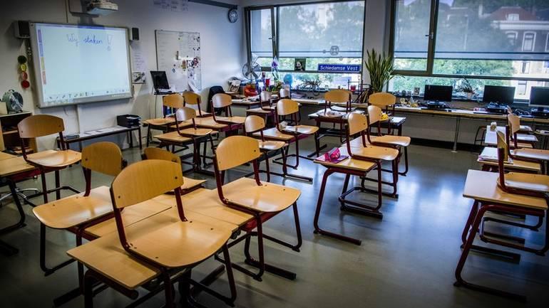 U cijeloj FBiH učitelji i nastavnici danas obustavljaju nastavu na 30 minuta