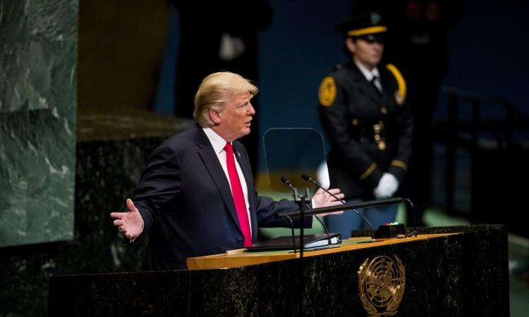 Trump o 200.000 mrtvih od koronavirusa u Americi: Pa, mislim da je to šteta