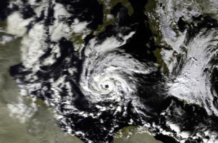 Oluja i poplave u Velikoj Britaniji, jedna osoba poginula