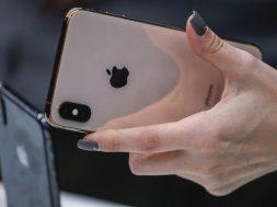 Uprkos rastu prihoda tržišna vrijednost Applea nakratko pala ispod bilion dolara