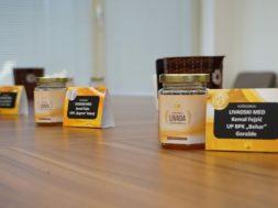 Dodijeljena priznanja najuspješnijim pčelarima