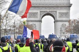 Pariz_protesti_zuti_prsluci_8_decembra_2018_Xinhua