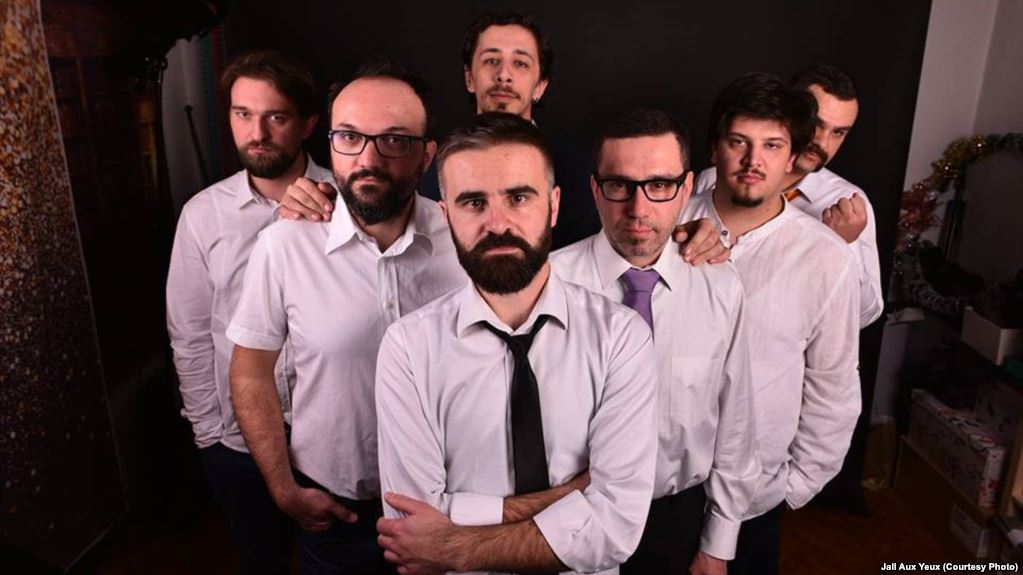 Migrantske priče u pjesmi bihaćkog benda