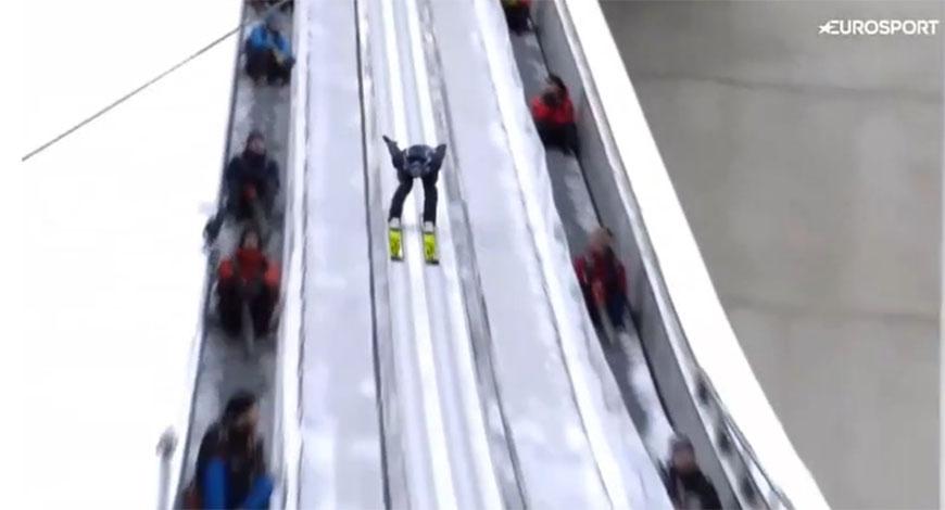 Nesvakidašnja nezgoda na skijaškim skokovima postala hit na internetu