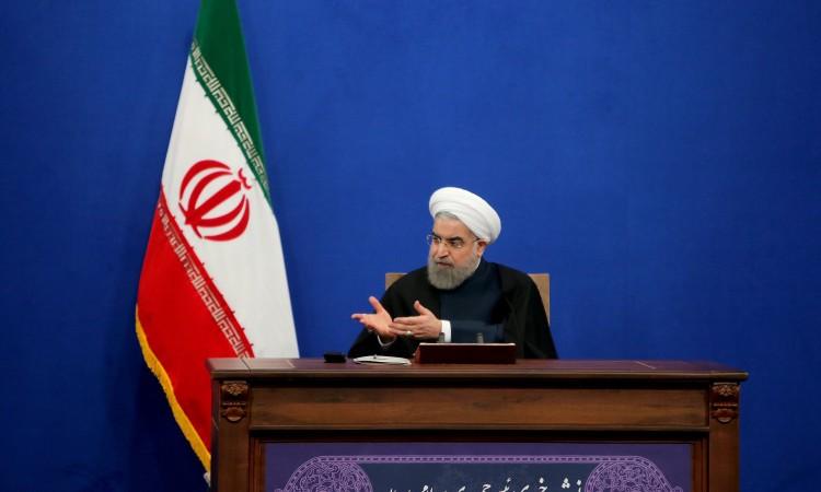 Rouhani: Rat s Iranom 'majka je svih ratova'