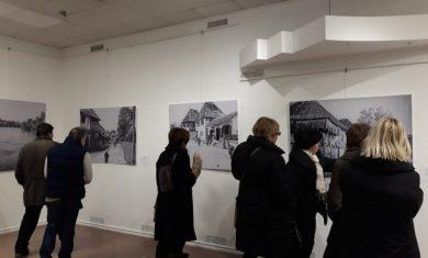 Izložbom starih fotografija Bihaća počelo obilježavanje Dana grada