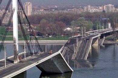 NATO bombardovanje 1999. , Most slobode
