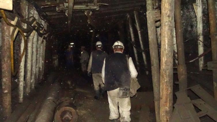 Zenički rudari proveli noć u jamama štrajkujući glađu, niko ih nije posjetio