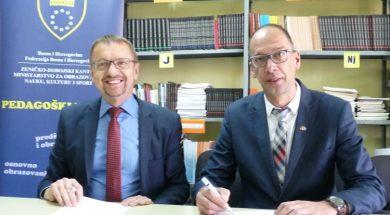 Edukacija nastavnika i mlađeg akademskog kadra za obrazovanje odraslih u ZDK-u
