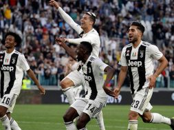 Soccer-Juventus-celebrates-win-1040×572