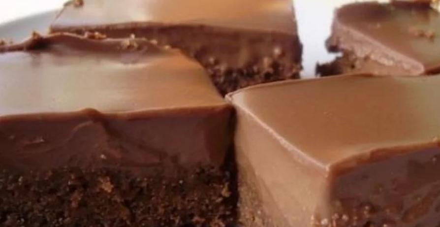 Mljac, mljac kolač: Za pola sata dobijete čudo – ovo vrijedi probati!