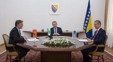 Izetbegović, Komšić i Radončić potpisali zajedničku izjavu o formiranju vlasti