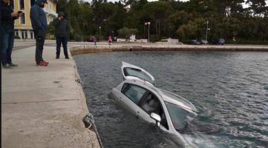 Screenshot_2019-05-13 Orkanski vjetar u Hrvatskoj bacio automobil u more