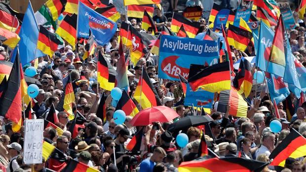 Njemačka: Hiljade marširale protiv nacionalizma