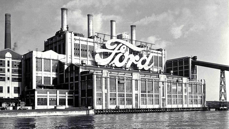 Ford koristi plastične flaše za proizvodnju patosnica