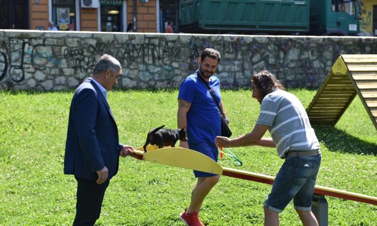 Završeno uređenje prvog ¨parka za pse¨ u općini Centar Sarajevo