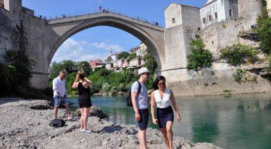 turisti_stari_most