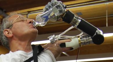 Keven Walgamott proteza