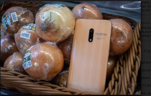Novi Realme X mobilni uređaji inspirisani teksturom crvenog i bijelog luka