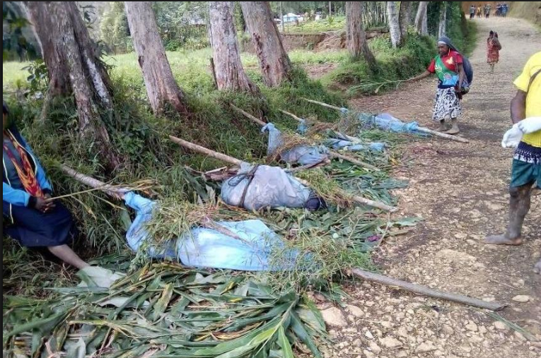 Papua Nova Gvineja: U sukobu plemena ubijene 24 osobe, među njima trudnice i djeca
