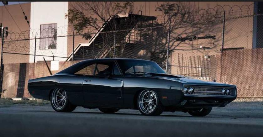 Vin Diesel od prijatelja za rođendan dobio Dodge Charger sa 1.650 KS