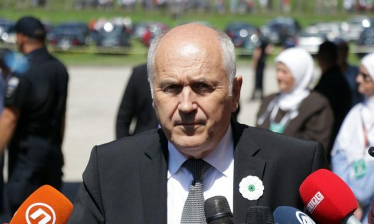 Inzko : Iduće godine BiH će dobiti zakon o negiranju genocida