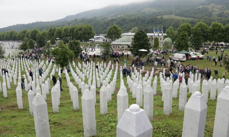 Počelo zvanično obilježavanje 24. godišnjice genocida u Srebrenici