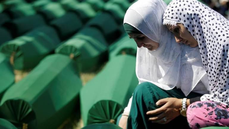 U Splitu mimohodom obilježena 24. godišnjica genocida u Srebrenici