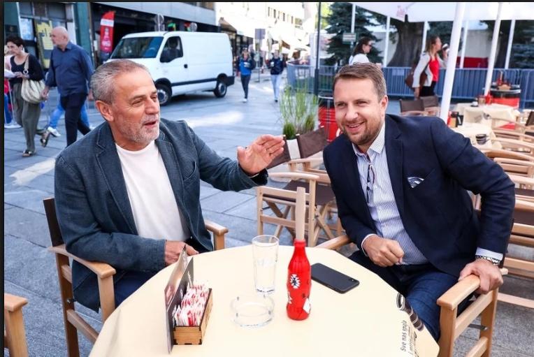 Abdulah Skaka ugostio Milana Bandića: Kafa na festivalskom trgu i šetnja Sarajevom