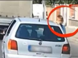 Screenshot_2019-09-02 Kažnjena majka koja je vozila dijete na prozoru auta u Beogradu