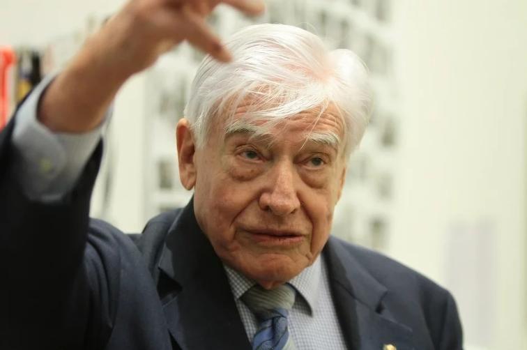 Schwarz-Schilling: Evropa očigledno nije u stanju da odgovori Dodiku pa moraju SAD