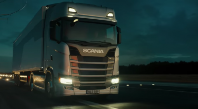 Screenshot_2019-09-28 Scania truck lifted by drones – YouTube(1)