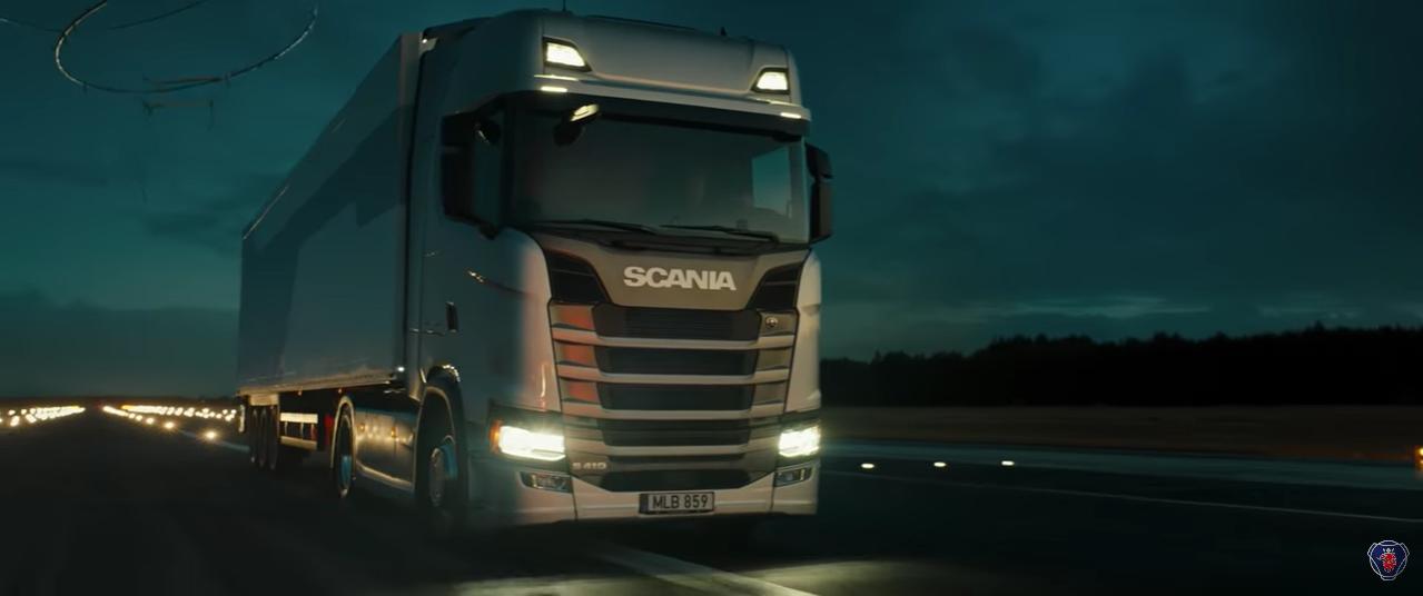 U promotivnom videu dronovi podigli Scanijin kamion