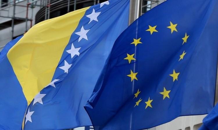 Izjava Delegacije EU u BiH: Vlasti BiH moraju hitno riješiti pitanja migracija