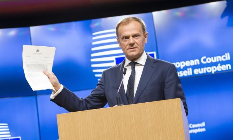 Donald Tusk preuzima kontrolu nad najmoćnijom stranačkom grupom u EU